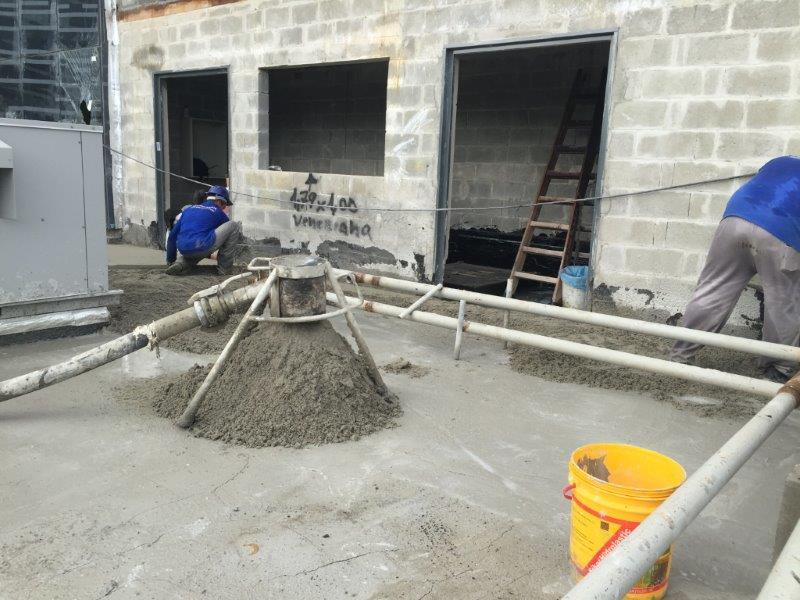 Enchimento de laje com argila expandida